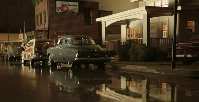cool-miniature-town-cars-photographer-recreation-wet