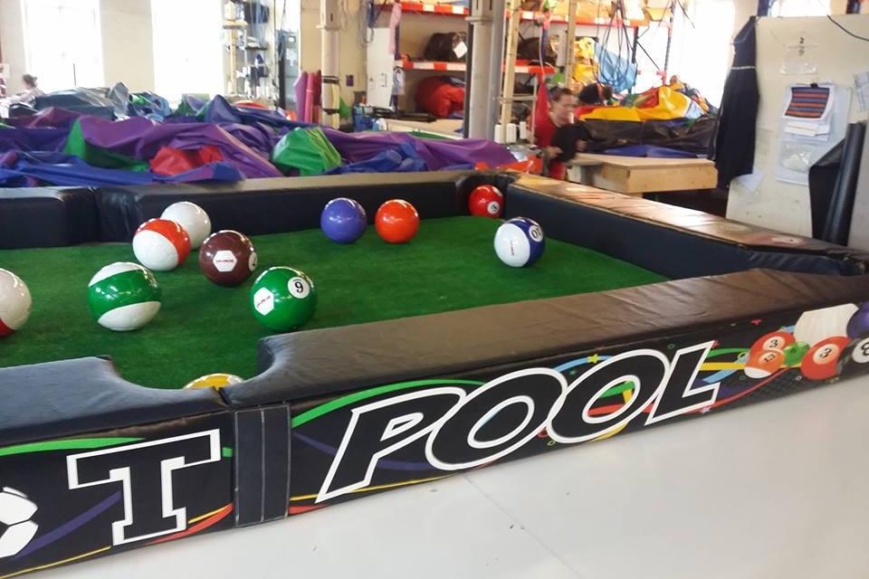 Foot-Pool